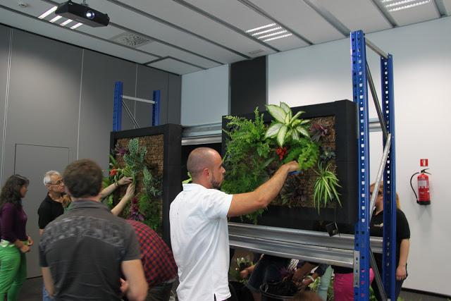 Curso de jardines verticales en Madrid. 16 y 17 de Abril de 2013.